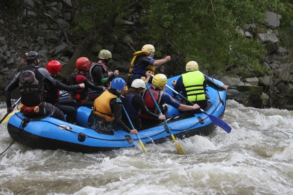 Рафтинг rafting-spuskane-po-reka-struma-157.jpg